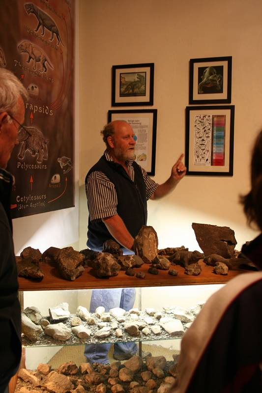 Karoo Fossil Tours Ganora Guest Farm 4