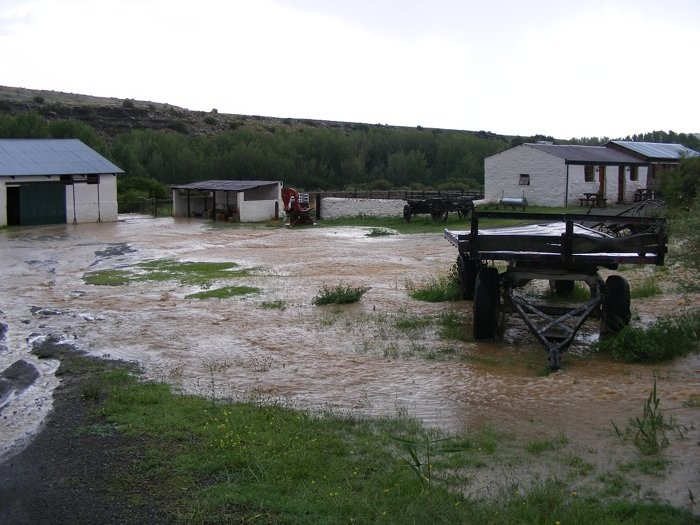 Floods at Ganora Guestfarm during 2011 -3