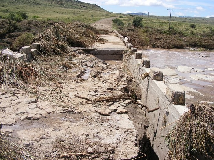 Floods at Ganora Guestfarm during 2011-11