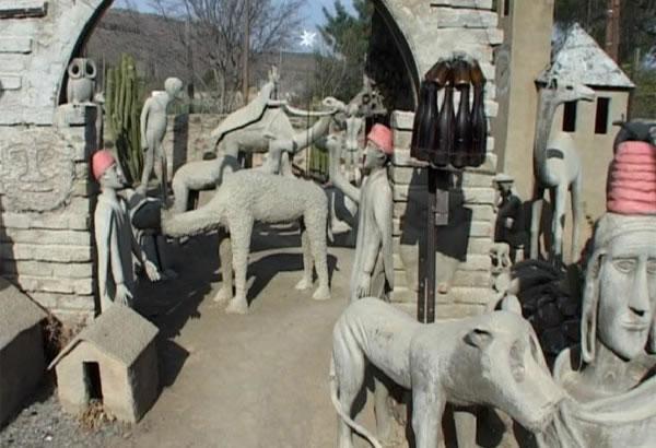 Sculptures in Nieu Bethesda