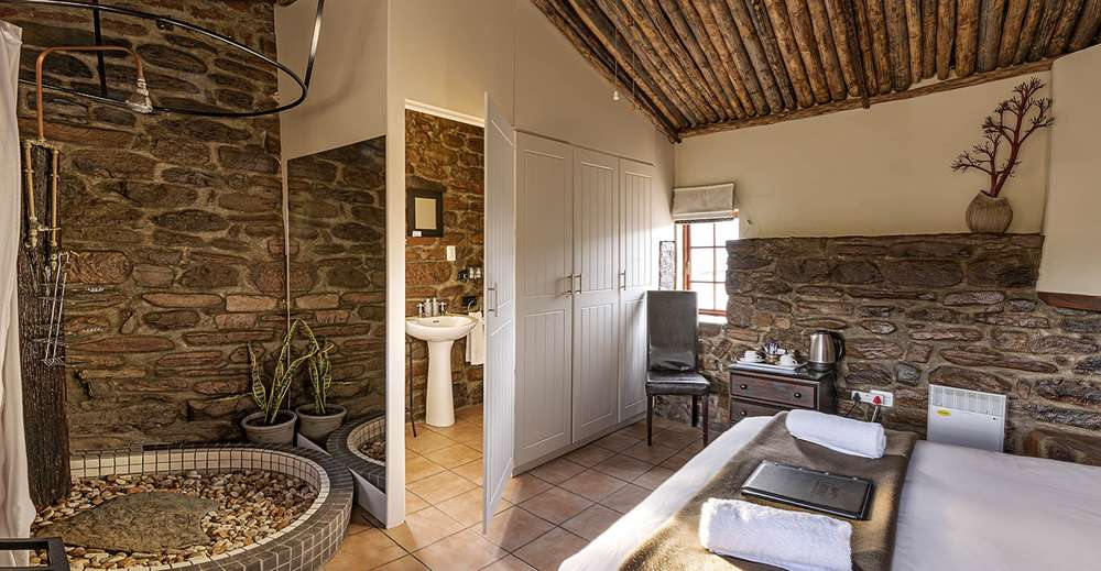 Ou Kraal Bedroom, Ganora Guestfarm